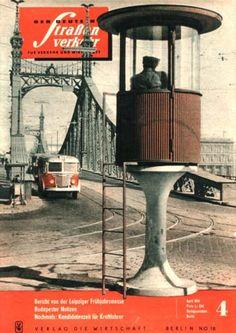 Ilyen is volt Budapest - Szent Gellért tér Berlin Techno, Parallel Universe, Built Environment, My Heritage, Historical Photos, Hungary, Old World, City, History
