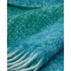 Wolldecke Diana (grünblau/ türkis) gibt's bei milchmädchen.design