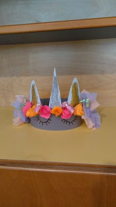 Crown For Kids, Unicorns, Diy Hat, Unicorn Party, Kids And Parenting, Crafts For Kids, Birthdays, Joy, Homemade