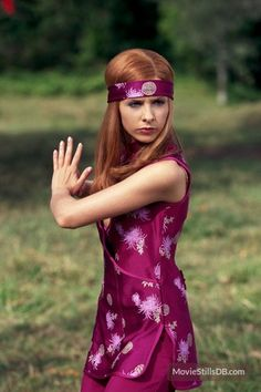 Scooby-Doo - Publicity still of Sarah Michelle Gellar. The image measures 1998 * 3000 pixels and was added on 2 February Daphne From Scooby Doo, Daphne And Velma, Sarah Michelle Gellar Buffy, Daphne Blake, Buffy Summers, Reese Witherspoon, Ghostbusters, L Cosplay, Scooby Doo Mystery Incorporated