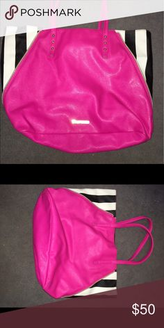 Juicy Couture Bag Super cute bag for sleepovers or a night out! Juicy Couture Bags Totes