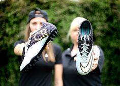 Field Hockey, Football Soccer, Gucci, Nike, Shoes, Fashion, Adidas Boots, Moda, Shoe