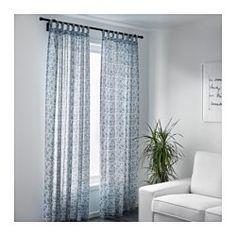 IKEA - MJÖLKÖRT, Cortina, 1par, , Las cortinas filtran la luz y proporcionan privacidad, porque evitan que se vea la estancia desde el exterior.Las presillas de la parte superior te permiten colgar directamente las cortinas a la barra.