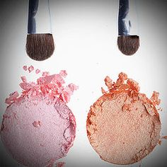 Repin now, read later! How to fix broken powder or shadow!!   Ever break your favorite eyeshadow, bronzer or foundation? Here's how to salvage it and keep it from happening again!
