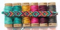 \DIY/// Aujourd'hui je vous apprends les bases des bracelets brésiliens : les nœuds et les bracelets basiques