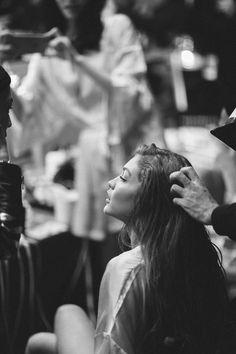 Gigi Hadid Backstage Victoria's Secret 2016 Fashion Show in Paris - November 30, 2016