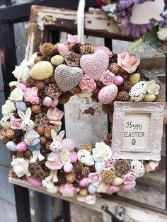 Easter Wreaths, Christmas Wreaths, Easter Celebration, Easter Holidays, Holidays And Events, Easter Crafts, Flower Designs, Easter Eggs, Diy And Crafts