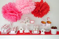 Valentine's Day dessert table #red #pink #party #Valentines #love