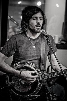 Hey girl, don't worry - my banjo will make everything better #ScottAvett