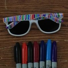 Sharpie 27 Inspired Ways To Decorate Your Sunglasses Round Lens Sunglasses, Cute Sunglasses, Sunglasses Women, Womens Fashion Online, Latest Fashion For Women, Cat Eye Colors, Sharpie Art, Summer Diy, Summer 2015
