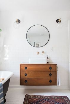 Modern Bathroom Renovation Pictures other Bathroom Decor Sets; Bathroom Light Fixtures Kichler to Bathroom Cabinets Paint Boho Bathroom, Small Bathroom, Master Bathroom, Bathroom Ideas, 1920s Bathroom, Bathroom Green, Wooden Bathroom, Basement Bathroom, Bathroom Renovations