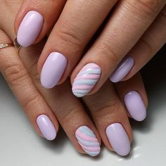 False nails have the advantage of offering a manicure worthy of the most advanced backstage and to hold longer than a simple nail polish. The problem is how to remove them without damaging your nails. Winter Nail Art, Winter Nail Designs, Cool Nail Designs, Winter Nails, Summer Nails, Red Nails, Hair And Nails, Unicorn Nails, Purple Unicorn
