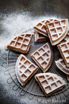 Recept: Oud-Hollandse kermiswafels / Recipe: Dutch waffles