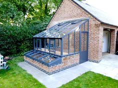 Edwardian Gallery | White Cottage