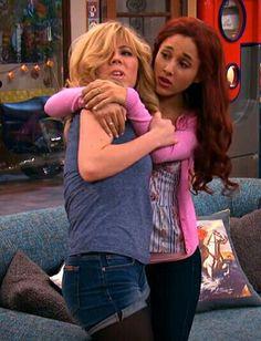 Jennette McCurdy & Ariana Grande Sam&Cat
