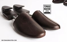 Tree shoes Smart Packaging, Fashion Packaging, Wooden Hangers, Man, Shoes, Zapatos, Shoes Outlet, Footwear, Shoe
