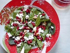 Πανεύκολη και έτοιμη σε 5 λεπτά. Yummy Food, Delicious Recipes, Caprese Salad, Feta, Cheese, Cooking, Christmas, Kitchen, Xmas