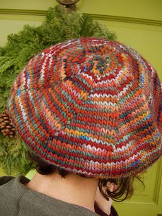 is a recipe for a beret/hat. It works with any gauge since it is worked top down - so dig through your stash and cast on! Needle size and gauge will be determined by the knitter. Beanie Knitting Patterns Free, Free Knitting, Knitting Stitches, Knitting Paterns, Hat Patterns, Knitting Ideas, Knitting Yarn, Knit Crochet, Crochet Hats
