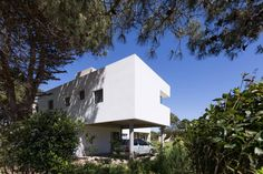 Casa Lucerna by Moire Arqs