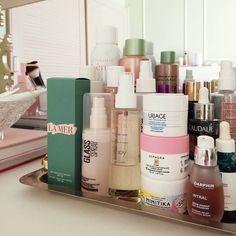 "Marianna Chalkiadaki on Instagram: ""The skin & haircare tray ✨ Αν βαριέσαι να κάνεις σε καθημερινή βάση τα απαραίτητα βήματα προστασίας των μαλλιών και της επιδερμίδας σου…"" Sephora, Blog, Instagram, Blogging"