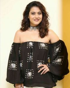Indian Bollywood Actress, Tamil Actress, Indian Actresses, Old Actress, Indian Beauty Saree, Priyanka Chopra, Bollywood Celebrities, Bellisima, Movie Stars