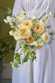 Beatrice - new yellow with cream edges from David Austin. Summer Birthday, Birthday Bash, Relaxed Wedding, David Austin, Rose Bouquet, Yellow Roses, Spring Flowers, Wedding Events, Weddings