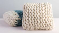 Arm knitting is a simple process that yields luxurious results. Using super bulky yarn, knit designer Anne Weil shows you how to create a color-blocked pillow cover. As a finishing touch, you will also learn how to sew a simple pillow lining. This plush pillow can be made in a day and enjoyed year...