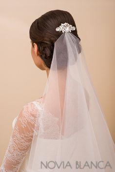 bridal veil and crystal comb www.novia-blanca.pl grzebień kryształowy NOVIA BLANCA