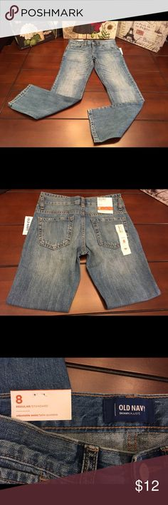 Girls Old Navy Skinny Jeans, Size 8 Girls Old Navy Skinny Jeans, Size 8  Super cute and brand new with tags! ☺ Adjustable waist.   Inseam-24 inches Leg opening- 6 inches Waist- 12.5 inches across Old Navy Bottoms Jeans