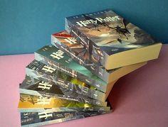 caixa-colecao-harry-potter-verso-scholastic-7-livros-D_NQ_NP_966311-MLB20534294675_122015-F.jpg (947×720)