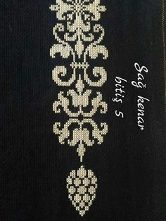 This Pin was discovered by Özl Cross Stitch Sampler Patterns, Cross Stitch Borders, Cross Stitching, Cross Stitch Embroidery, Embroidery Patterns, Mantel Azul, Palestinian Embroidery, Pixel Pattern, Diy Handbag