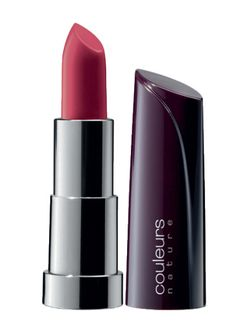 Yves Rocher Moisturizing Lipstick - Rose damas (36520) Yves Rocher Moisturizing Cream Lipstick - Bois de rose (36807) #yvesrocher #makeup #beauty #lipstick
