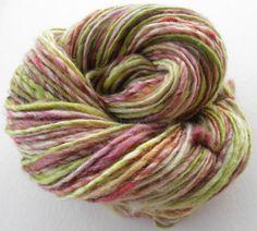 #Handspun #Yarn Juice BFL/Silk Thick and Thin by HomespunForEwe