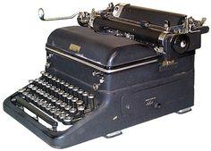 ✆ Royal Magic Margin, 1938, Serial No. 3434910 ✆