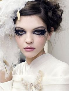 Chanel haute couture make-up