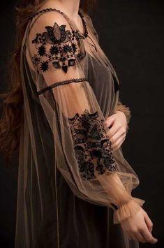 Black velvet embroidered blouse with black roses velvet cool boho blouse Robe Floral Embroidery Dress, Embroidery Fashion, Embroidered Blouse, Embroidery Ideas, Wedding Embroidery, Trendy Dresses, Nice Dresses, Dresses With Sleeves, Boho Bluse