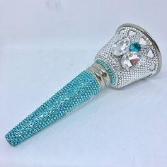 ff38fe375aed Crystalicious® Bling Swarovski Crystal Wedding Bride Tussy Mussy Bouquet  Holder