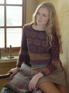 Knit this womens fairisle sweater from Rowan Knitting & Crochet Magazine Rowan Knitting, Rowan Yarn, Fair Isle Knitting, Scottish Fashion, Crochet Magazine, Pullover, Knitwear, Knitting Patterns, Knit Crochet