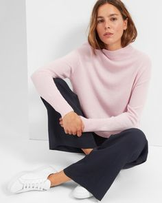 The Cashmere Crop Mockneck - Everlane