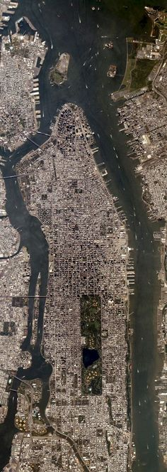 Manhattan Island photographed by the ISERV camera on the International Space Station, August 25th 2013.