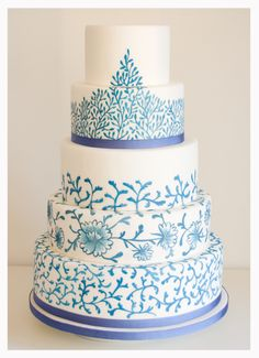 Pastel de boda chintz azul pintado a mano de Florentine Cupcake ¡Fabuloso!
