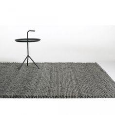 http://www.designdelicatessen.de/produkte/217-hay-furniture/916-hay---peas-rug---teppich/