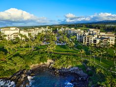 Capture Integration client Jason Dewey has just shared incredible BTS footage from his shoot in Maui – where he is shooting Montage Kapalua Bay Resort with the Phase One Check out the … Kapalua Bay, Phase One, Beach Vacations, Maui, Behind The Scenes, The Incredibles, Travel, Outdoor, Outdoors