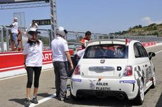 Abarth 500 Assetto Corse Fiat Cars, Fiat 500, Van, Racing, My Love, Vehicles, Autos, Corse, Running
