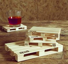 Pallets Coasters Complete Set - Wood Trivet For Hot Pans, Hot Dishes and Teapots Including 4 Miniature Wood Beverage Pallet Coasters Shaped As Euro Pallet For Wine, Beers, Tea Cups and More