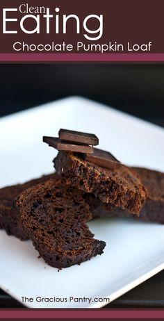 Clean Eating Chocolate Pumpkin Loaf. Pure deliciousness! #cleaneating #cleaneatingrecipes #eatclean #healthyrecipes #recipes #dessert #dessertrecipes