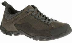 #merrell nu ook in regulier maten maat 42 t/m 50 109,95 Begin het jaar in deze veterschoenen met grip en een strak, eenvoudig ontwerp dat perfect past bij een wandeltocht of ravotten rond de tent.KENMERKEN • suède and nubuck leather and mesh upper • Ademende mesh-voering • Voetboog van gegoten nylon • Merrell-luchtkussen in de hiel absorbeert schokken en biedt stabiliteit GEWICHT HEREN: 850 g #dijkstragrootinschoenen #purmerend #wandelschoenen #winter2015
