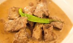 Find Delicious Meat recipes - Beef Adobo sa Gata Ref - 2156 - Page 1 Filipino Dishes, Filipino Recipes, Asian Recipes, Filipino Food, World Recipes, Meat Recipes, Cooking Recipes, Philippine Cuisine, Food Preparation