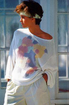 80s Girl pastel sweater Mondi American Vogue March 1985