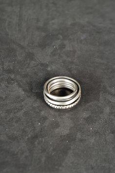 Werkstatt Munchen – Punched Round Wound Ring